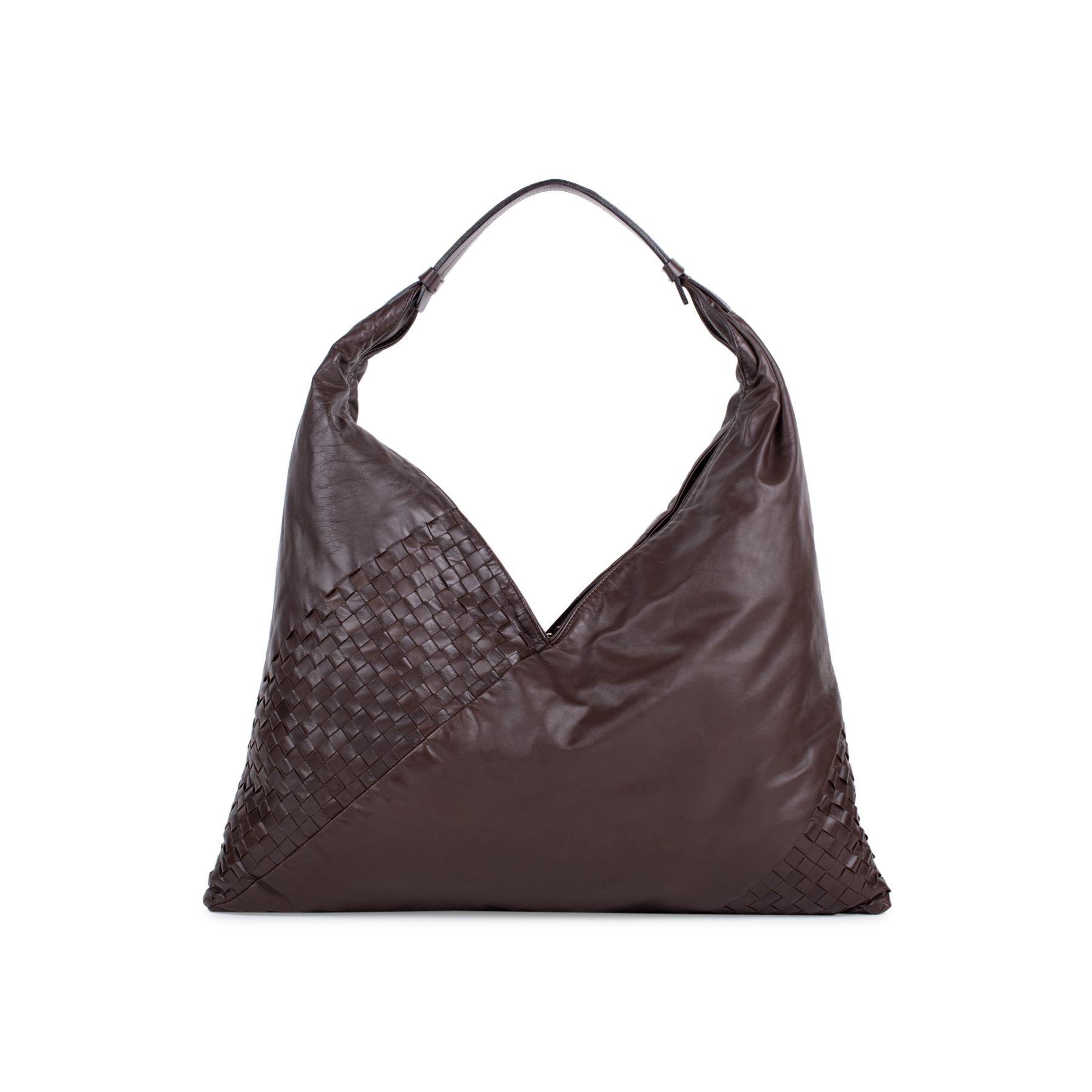 Authentic Second Hand Bottega Veneta Panelled Intrecciato Shoulder Bag  (PSS-537-00003)  a8eb309dd0b74