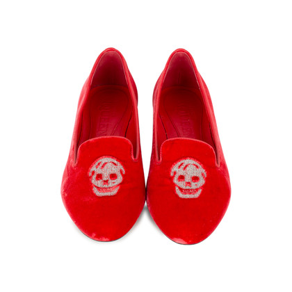 Authentic Second Hand Alexander McQueen Velvet Skull Loafers (PSS-370-00088)