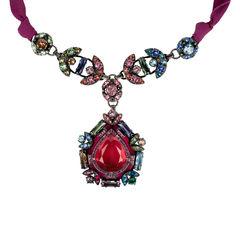 Babylon Pendant Necklace
