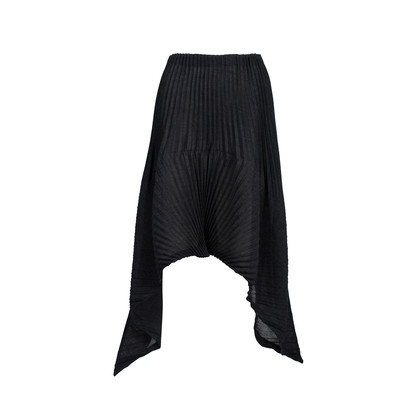 Authentic Pre Owned Issey Miyake Black Pleated Midi Skirt (PSS-561-00007)