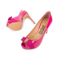 Salvatore ferragamo pink patent plum pumps 2?1538988118