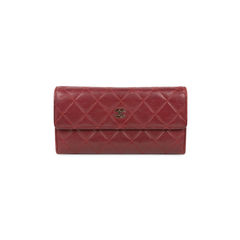 Quilted Classic Flap Wallet
