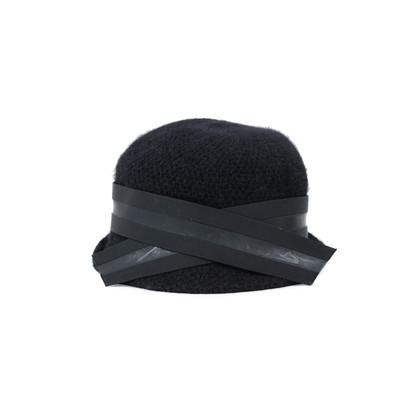 Authentic Second Hand Emporio Armani Wool Knit Hat (PSS-515-00089)