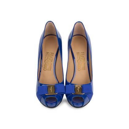Authentic Second Hand Salvatore Ferragamo Plum Peep Toe Pumps (PSS-566-00101)