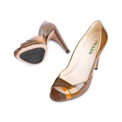 Prada patent curved heel pumps 2?1542089220