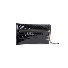 Chanel patent quilted gala clutch 2?1542094074
