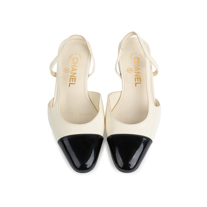 Authentic Second Hand Chanel Slingback Cap Toe Flats (PSS-575-00036)