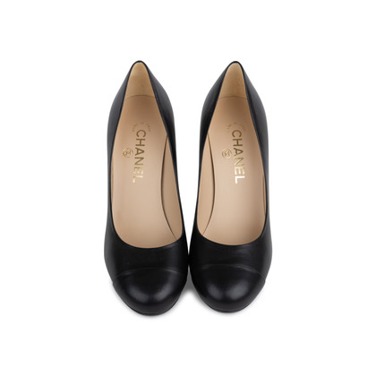 Authentic Second Hand Chanel Pearl Heel Pumps (PSS-566-00080)