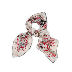 Louis vuitton travelling requisites silk scarf 2?1543203511