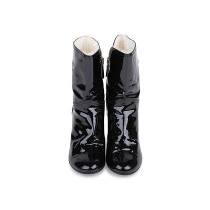 Authentic Second Hand Chanel Patent Fur Lined Boots (PSS-200-01539)