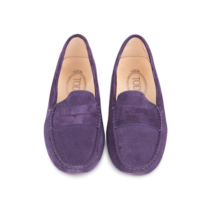 Authentic Second Hand Tod's Suede Gommini Mocassino Flats (PSS-577-00013)