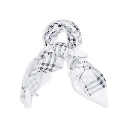 Authentic Second Hand Burberry Cotton Plaid Scarf (PSS-369-00060)