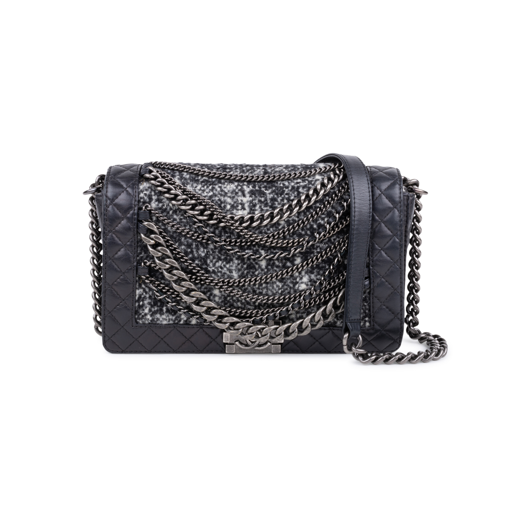 be1157660bcb Authentic Second Hand Chanel Enchained Boy Bag (PSS-597-00006)
