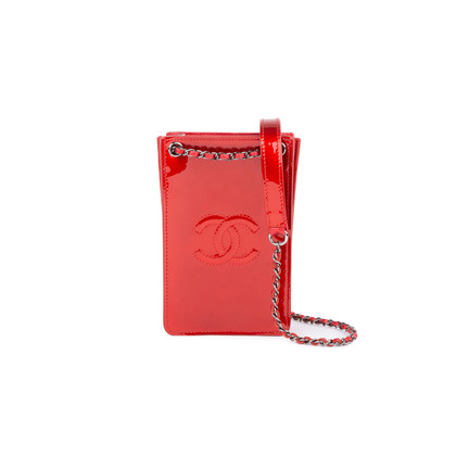 Authentic Second Hand Chanel Metallic Patent Phone Holder (PSS-034-00029)