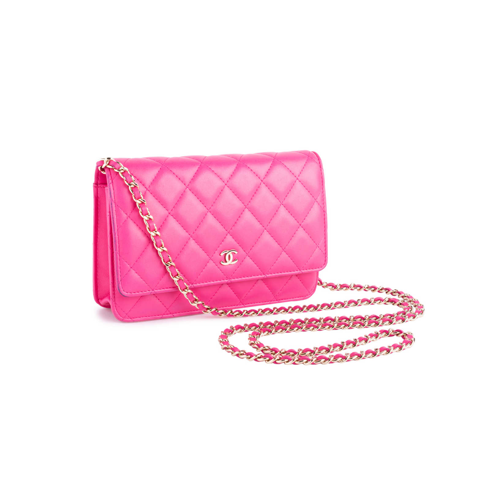 5e07261072b8 ... Authentic Second Hand Chanel Classic Wallet on Chain (PSS-636-00002) ...