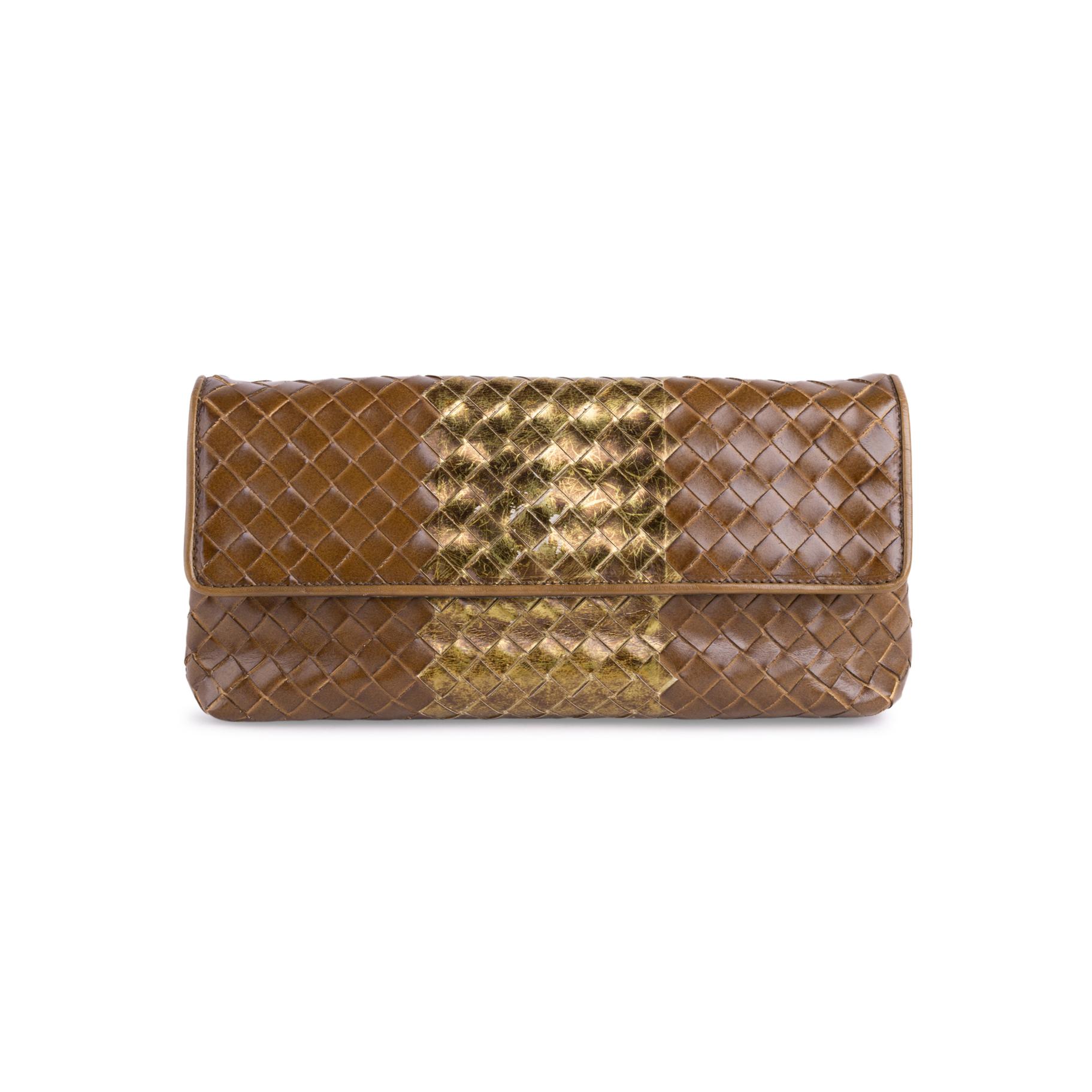 Authentic Second Hand Bottega Veneta Borsa Intrecciato Liquid Strip Clutch  (PSS-515-00273)  c1e9084a2aa09