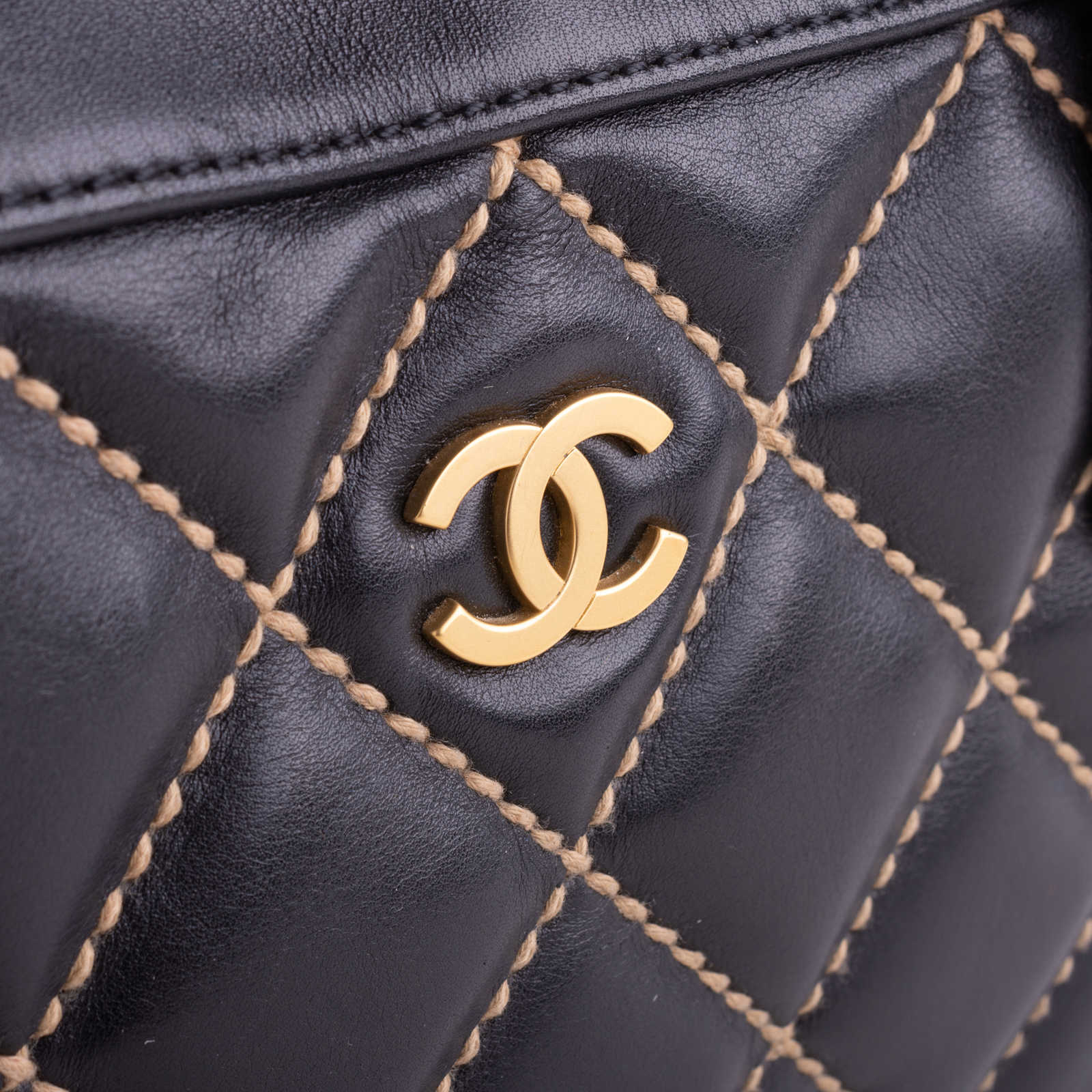 4f7fb9b57723 ... Authentic Second Hand Chanel Wild Stitch Shoulder Bag (PSS-038-00009)  ...
