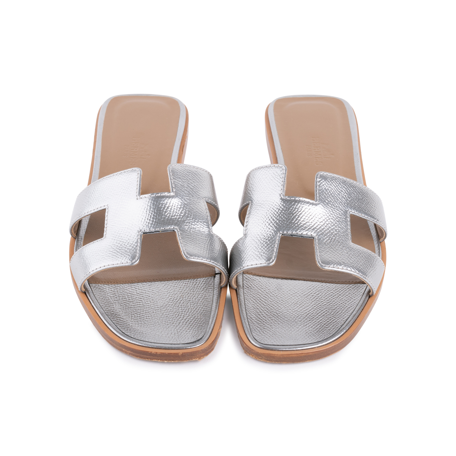 00dddb788c3d Authentic Second Hand Hermès Metallic Epsom Oran Sandals (PSS-126-00139)