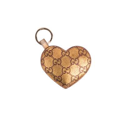 Authentic Pre Owned Gucci Metallic Heart Keychain (PSS-626-00006)