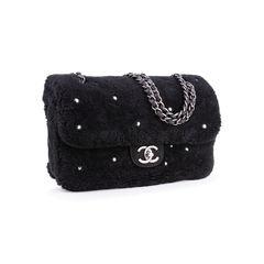 Chanel shearling pearl flap bag 2?1552968536