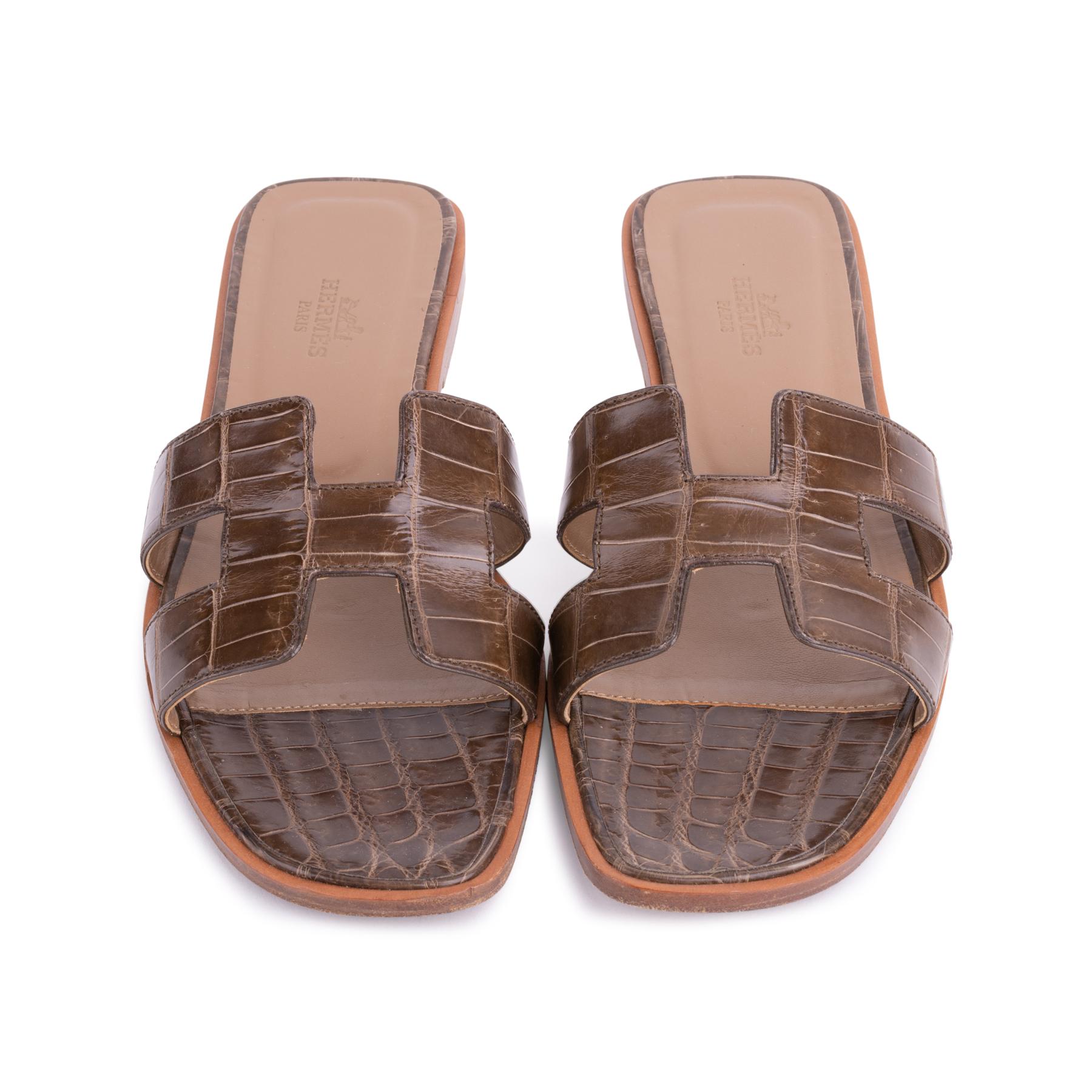 8ec6103e17a0 Authentic Second Hand Hermès Crocodile Oran Sandals (PSS-637-00004 ...