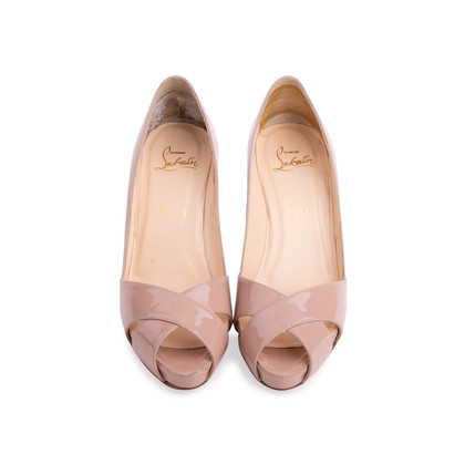 Authentic Second Hand Christian Louboutin Shelley Patent Pumps (PSS-514-00003)