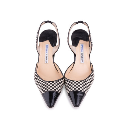 Authentic Second Hand Manolo Blahnik Checkered Slingback Pumps (PSS-244-00012)