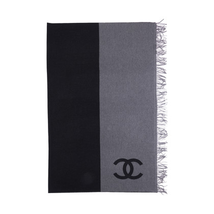 Authentic Second Hand Chanel Wool and Cashmere Blend Logo Throw (PSS-200-01671)