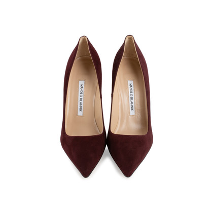 Authentic Second Hand Manolo Blahnik Suede Velukid Pumps (PSS-678-00005)