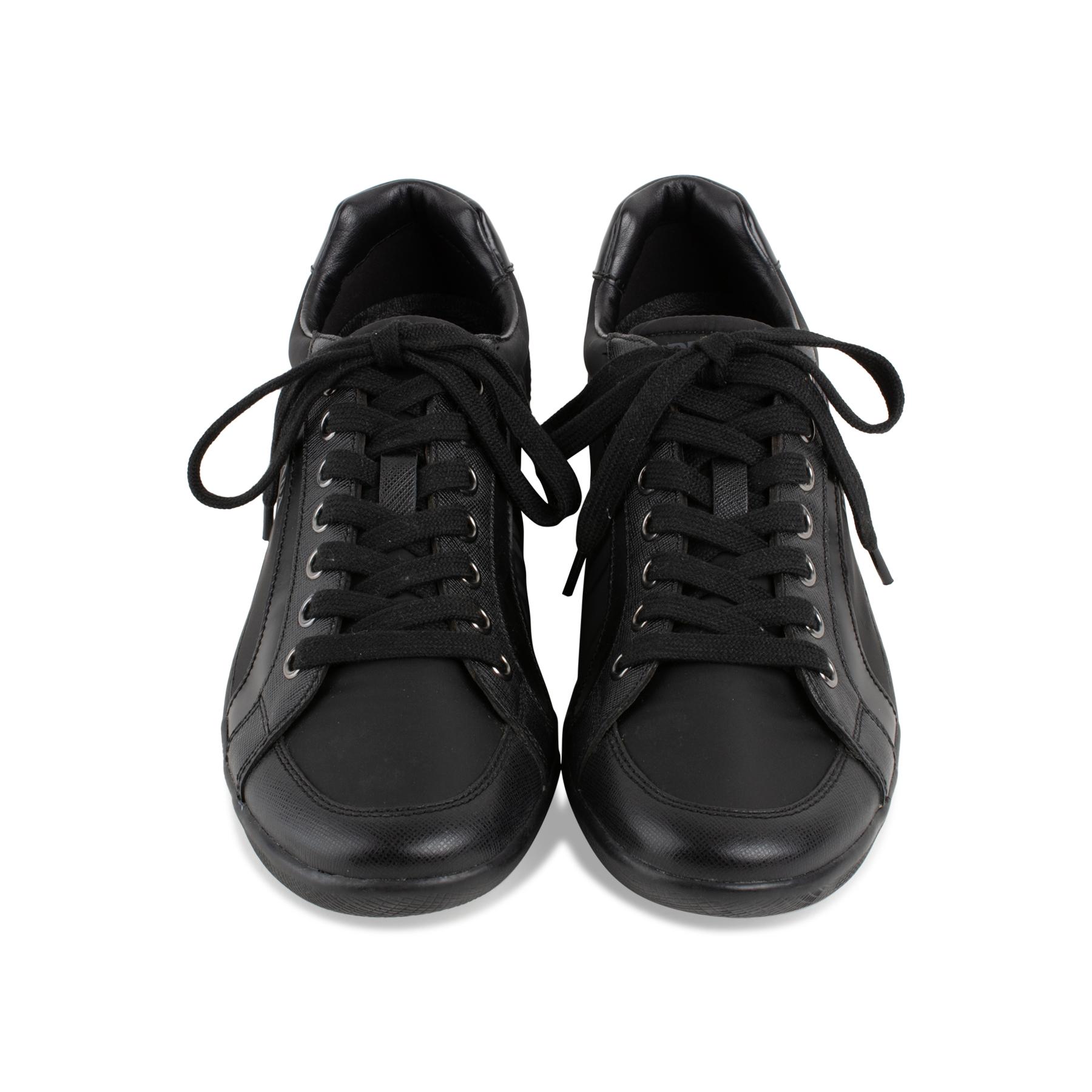big sale 448cd 32abf Nylon Sneakers