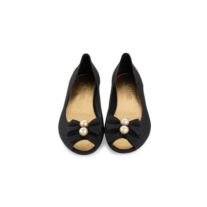 Authentic Second Hand Chanel Peep Toe Ballet Flats with Bow Pearl (PSS-340-00202)