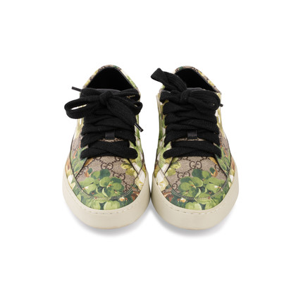 Authentic Second Hand Gucci Blooms Low Top Sneakers (PSS-052-00025)