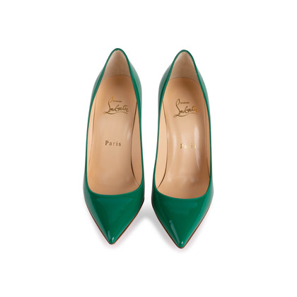 Authentic Second Hand Christian Louboutin Decolette 554 Pumps (PSS-153-00015)