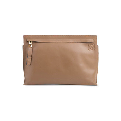 Authentic Second Hand Loewe T Pouch (PSS-627-00005)