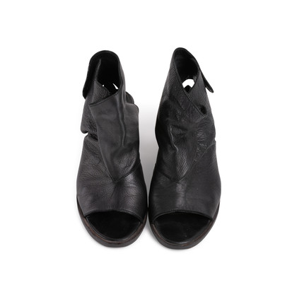 Authentic Second Hand LD Tuttle Open Toe Booties (PSS-637-00068)
