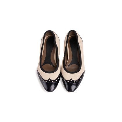 Authentic Second Hand Marni Leather Cap Toe Flats (PSS-054-00434)