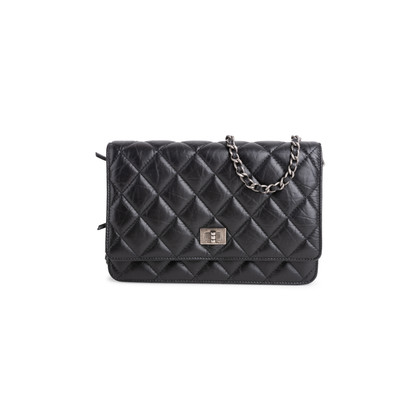 Authentic Second Hand Chanel Reissue Wallet on Chain (PSS-860-00067)