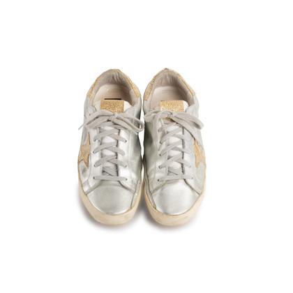 Authentic Second Hand Golden Goose Deluxe Brand Metallic Low-Top Sneaker (PSS-097-00605)
