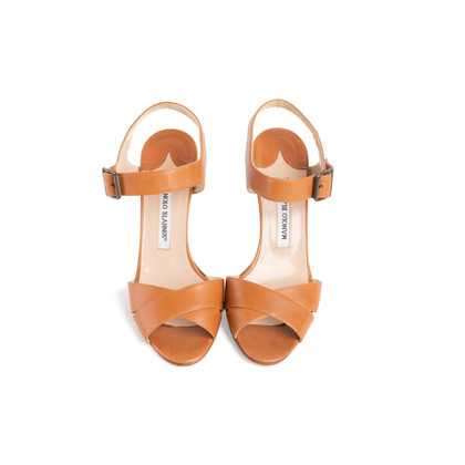 Authentic Second Hand Manolo Blahnik Leather Ankle Strap Sandals (PSS-067-00128)