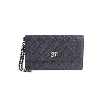 Authentic Second Hand Chanel Iridescent Caviar Clutch Wristlet (PSS-990-00008)