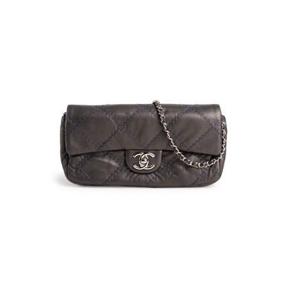 Authentic Second Hand Chanel Ultimate Stitch Flap Bag (PSS-210-00026)