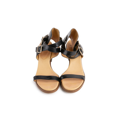 Authentic Second Hand Maison Martin Margiela Block Heel Sandals (PSS-299-00014)