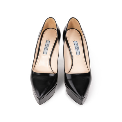 Authentic Second Hand Prada Platform Pointed Toe Pumps (PSS-A34-00038)