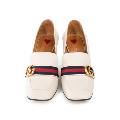 Authentic Second Hand Gucci Peyton Pumps (PSS-561-00072)