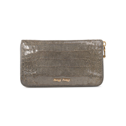 Authentic Second Hand Miu Miu Croc-Embossed Long Wallet (PSS-A70-00002)