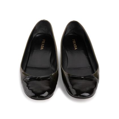 Authentic Second Hand Prada Gradient Flats (PSS-393-00111)