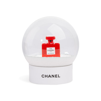 Authentic Second Hand Chanel Chanel No. 5 Snow Globe (PSS-674-00007)