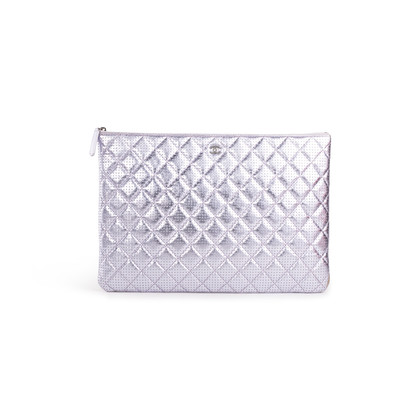 Authentic Second Hand Chanel Perforated O Case Pouch (PSS-A93-00005)
