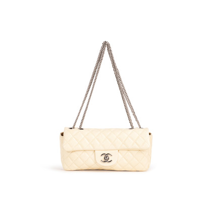 Authentic Second Hand Chanel East West Flap Bag (PSS-A93-00007)