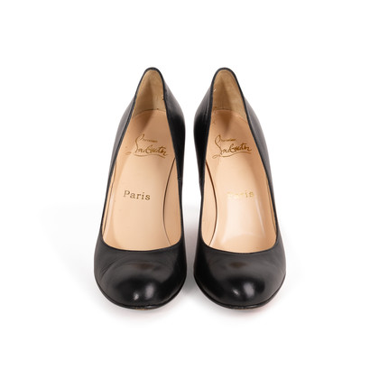 Authentic Second Hand Christian Louboutin Simple Pumps (PSS-004-00133)